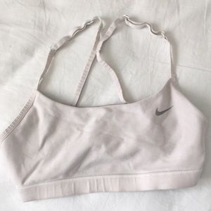 Nike sports bra bundle